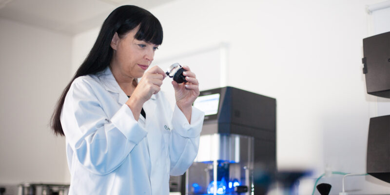 tips and advice sara examining sample