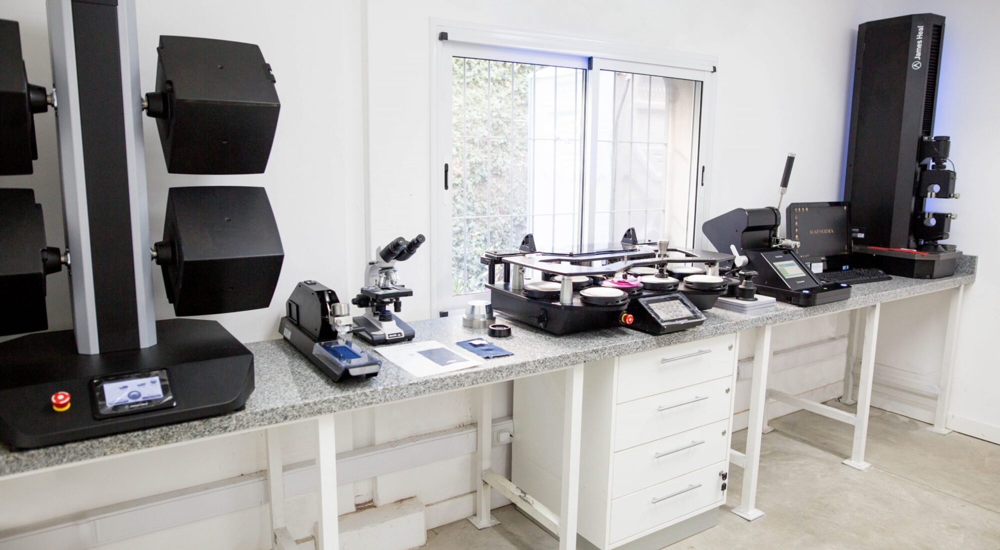 Rapsodia Lab with James Heal Instruments