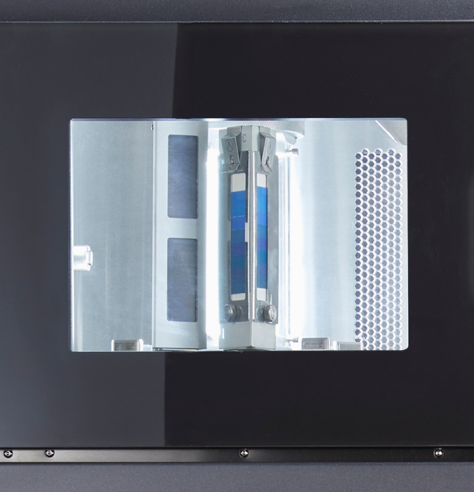 controlled irradiance mode in light fastness testing